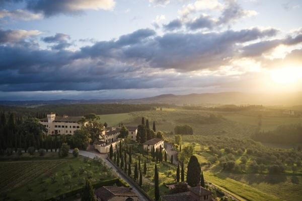 意大利COMO Castello Del Nero度假村揭幕全新健康理疗中心